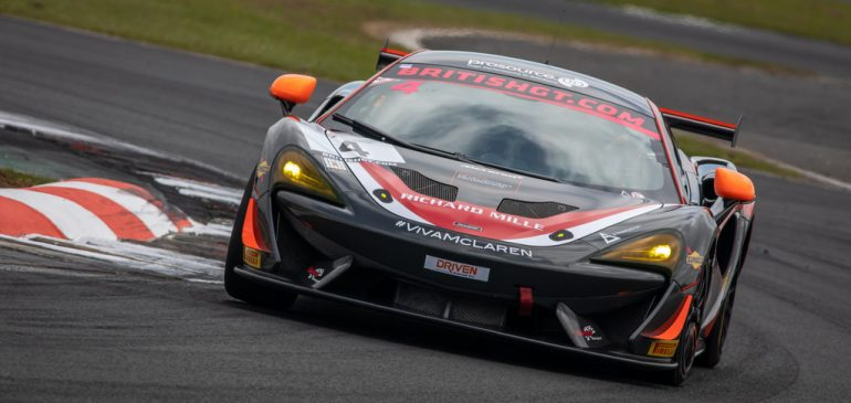 Smith dominates GT4 Class until taken out of race