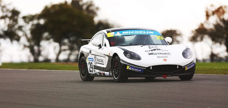 STUNNING DRIVE FROM PEARSON IN RACE 3 AT SNETTERTON