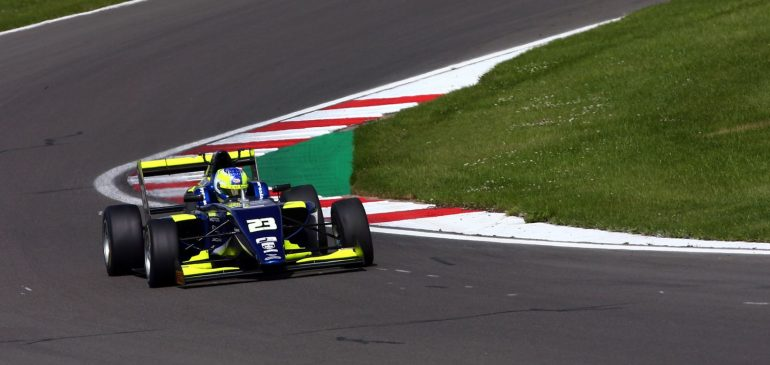 P4 FOR ARON IN FINAL RACE AT DONINGTON PARK